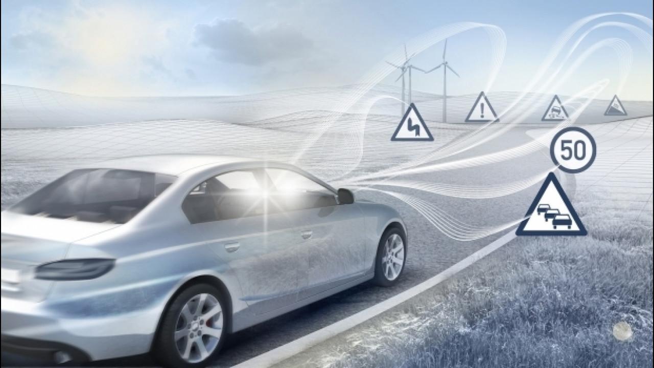 [Copertina] - L'auto connessa eviterà fino a 260.000 incidenti all'anno
