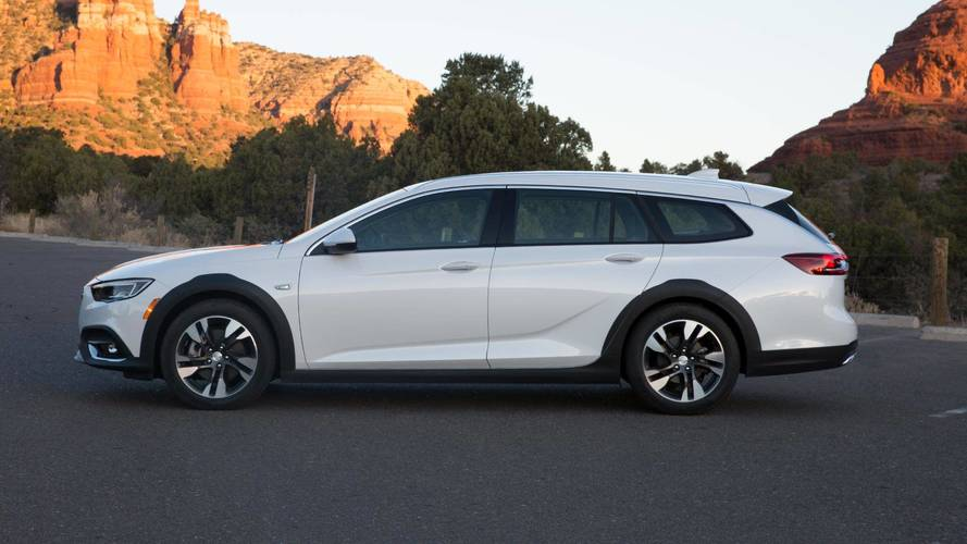 2018 Buick Regal Tourx First Drive The Anti Crossover