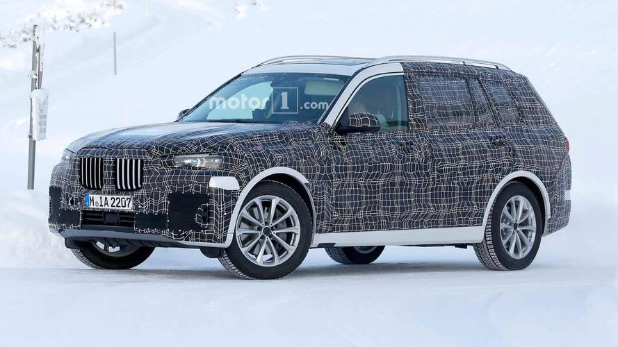 BMW X7 SUV Spied Testing Far Away From Home