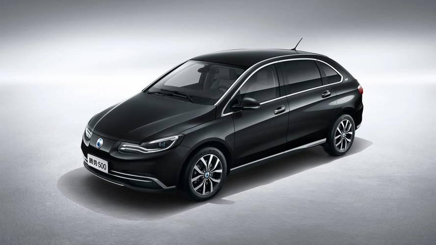 Denza 500, l'elettrica Daimler cinese