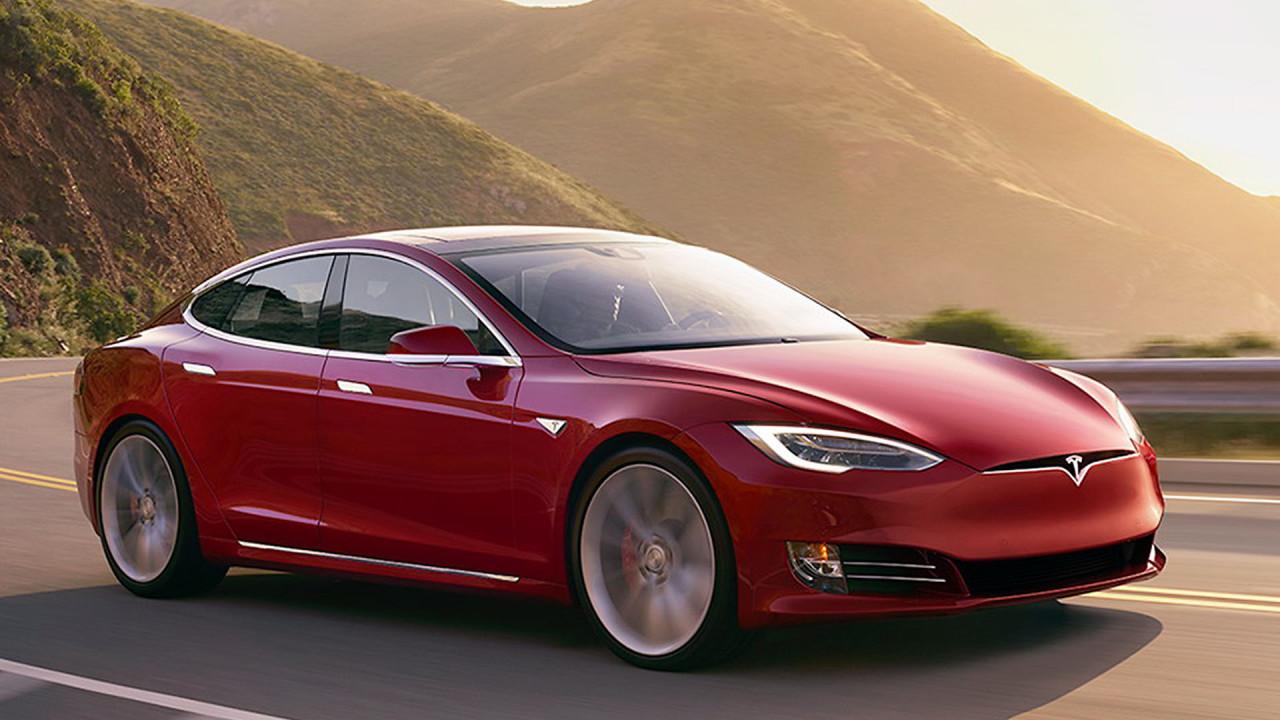 Obere Mittelklasse und Oberklasse: Tesla Model S