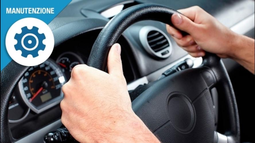 [Copertina] - Pulizia del volante, ecco come si fa