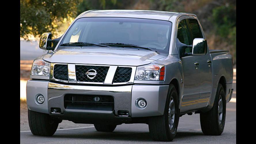 Nissan präsentiert auf Bioethanol vorbereitete Pick-ups