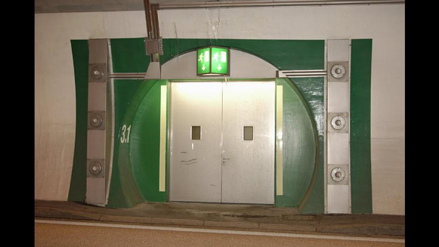 Verhalten im Tunnel: ADAC-Tipps für Autofahrer (2005)