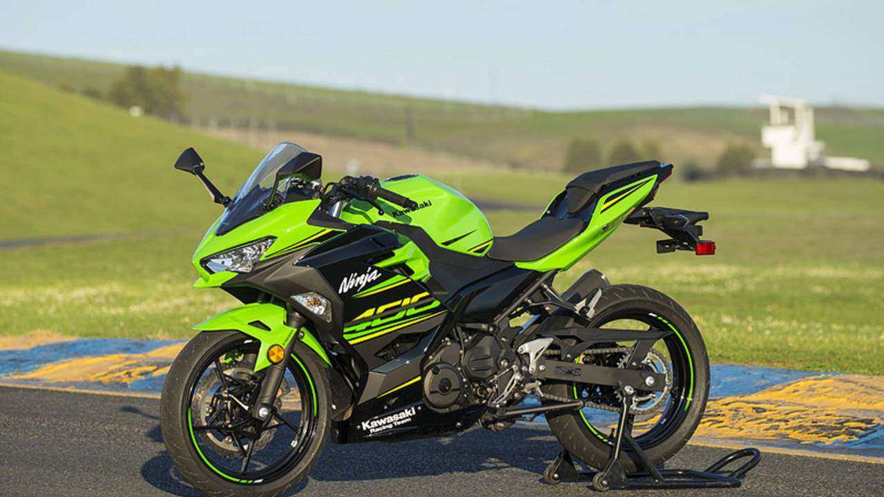 2018 kawasaki ninja 400 first ride. Black Bedroom Furniture Sets. Home Design Ideas