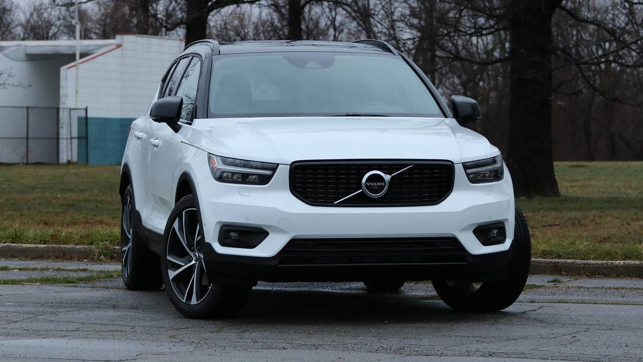 2019 volvo xc40 r design review photos. Black Bedroom Furniture Sets. Home Design Ideas