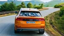 Audi Q8 Lago di Como