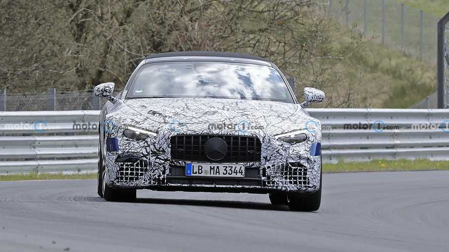 2022 Mercedes-Benz SL spied on Nurburgring