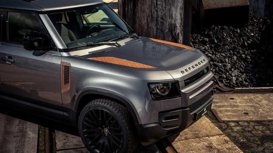 Comprereste una nuova Land Rover Defender arrugginita?