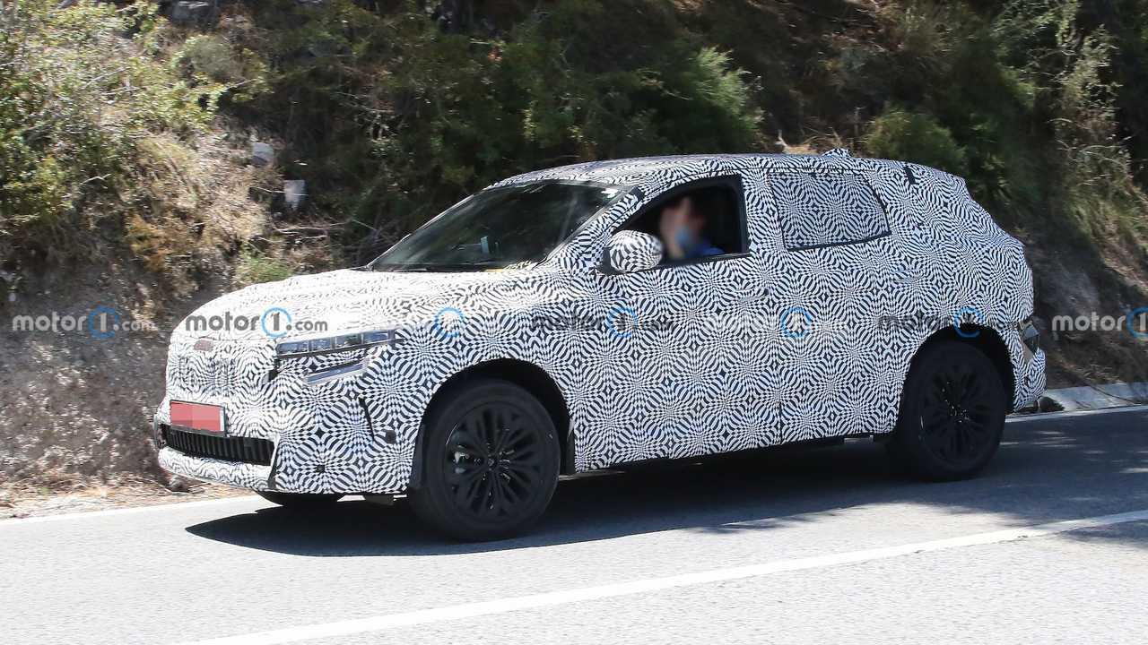 Novo Renault Kadjar, fotos de espionagem do SUV híbrido de 280 HP