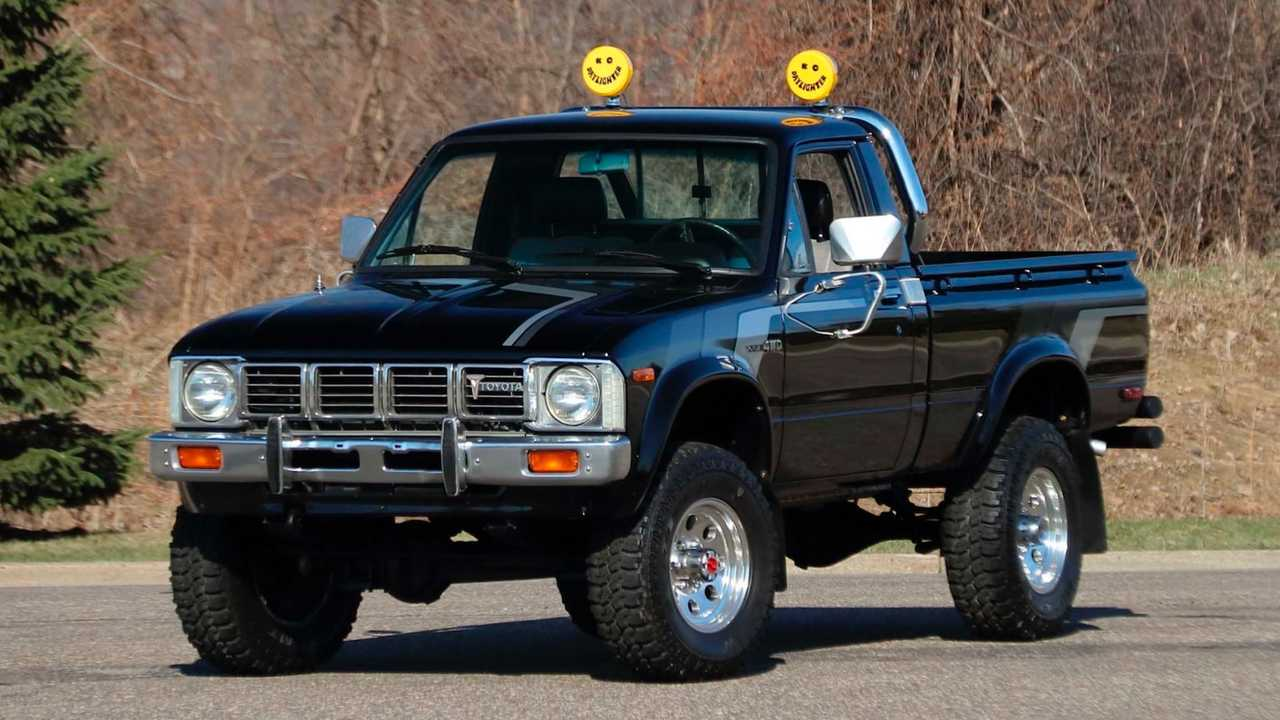1981 Toyota DLX Pickup up for auction.
