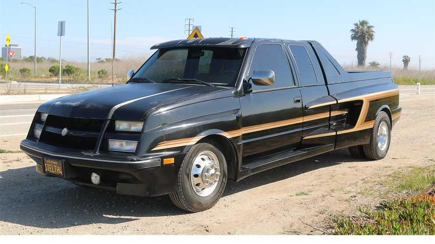 1990 GMC Sierra With Tridon Body Kit Is A Black Beauty You Can Buy
