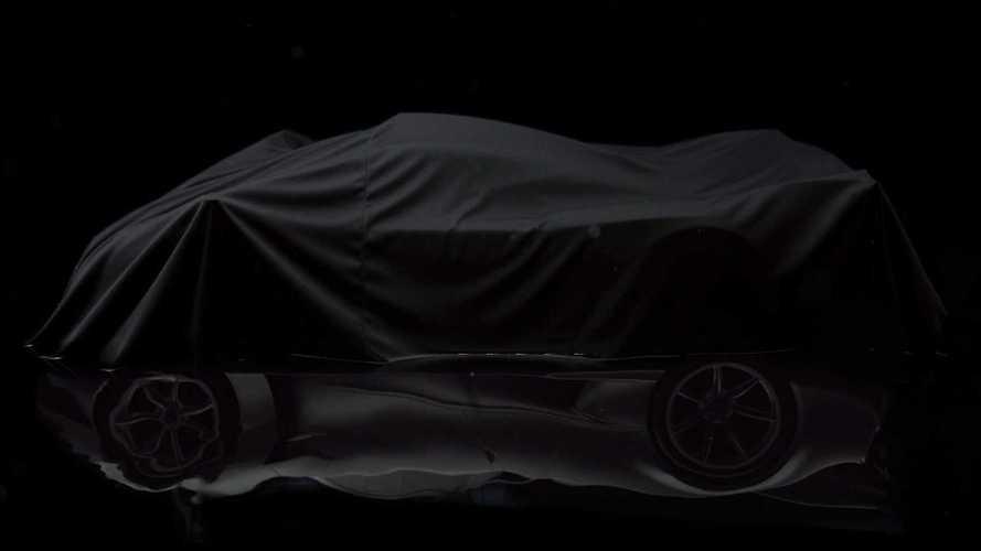Pagani Huayra R, nuovi teaser per la più potente di sempre