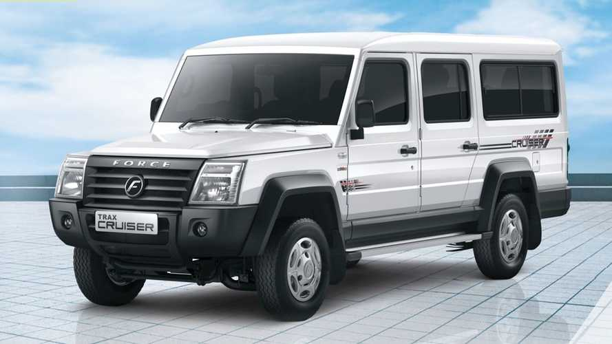 Giant G-Class Clone From India Seats 13, But Has Only 90 HP