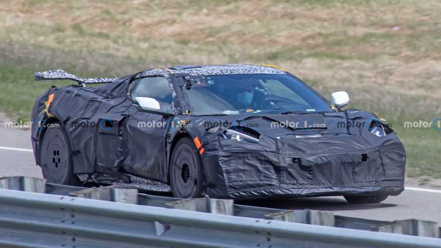 Chevrolet Corvette Z06 C8 Spy Shots With Wing