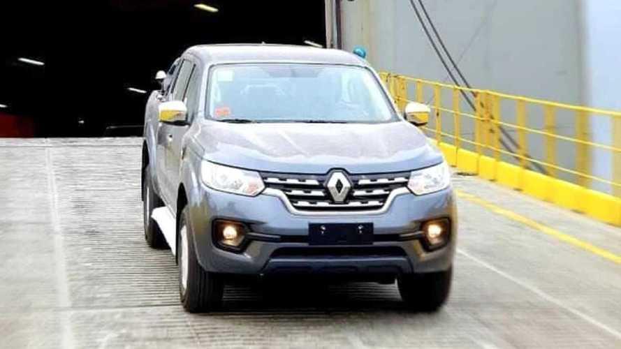Flagra: Picape Renault Alaskan aparece chegando ao Brasil