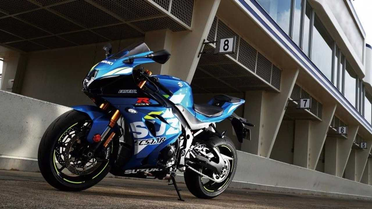 Suzuki GSX-R Racing Academy - Pit