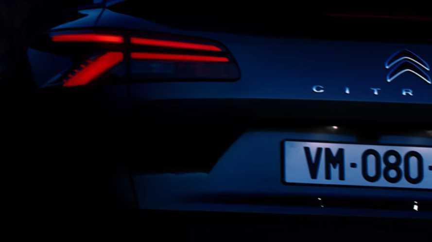 Nuova Citroen C5, il teaser della berlina francese