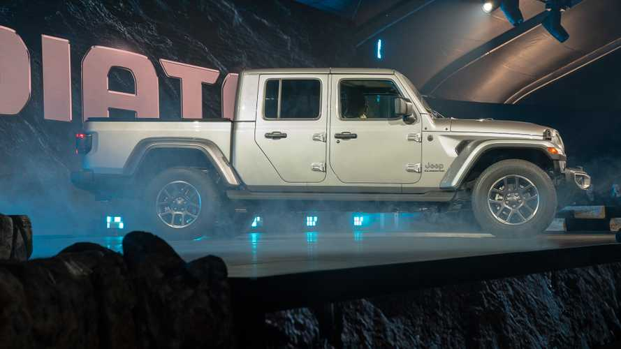 2020 Jeep Gladiator: Live From The LA Auto Show
