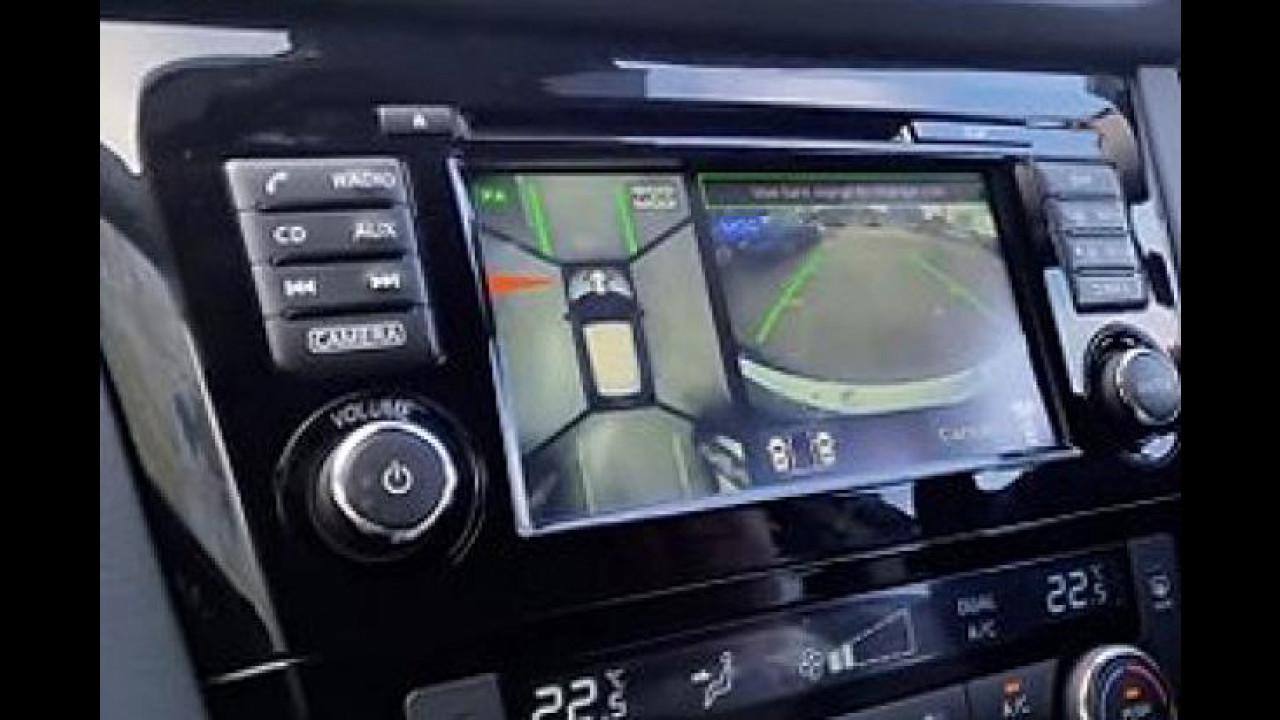 [Copertina] - Nissan scende in campo con l'Around View Monitor