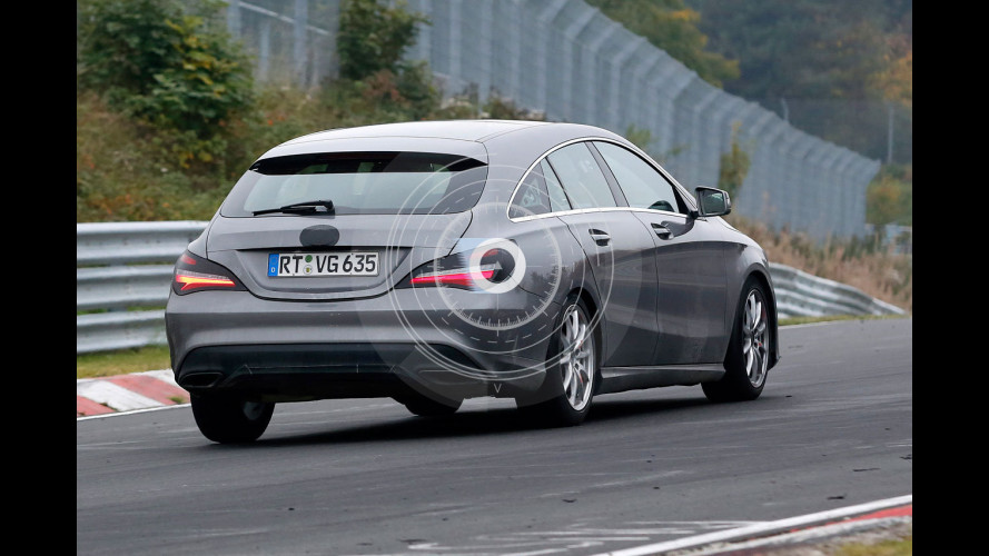 Mercedes CLA Shooting Brake, foto spia del restyling