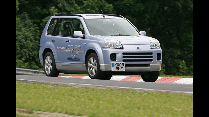 Nissan X-Trail FCV batte ogni record al Nürbugring