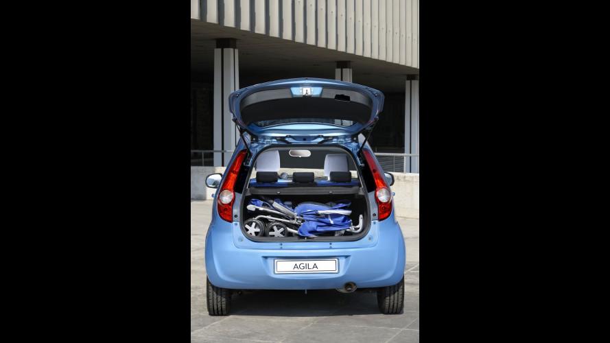 """Su Opel Agila il passeggino è """"di serie"""""""