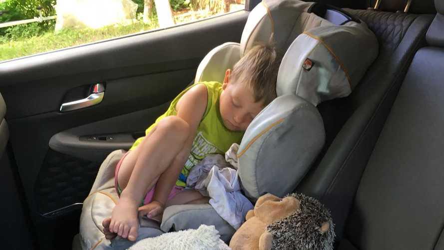 Треть родителей в России используют автокресла неправильно
