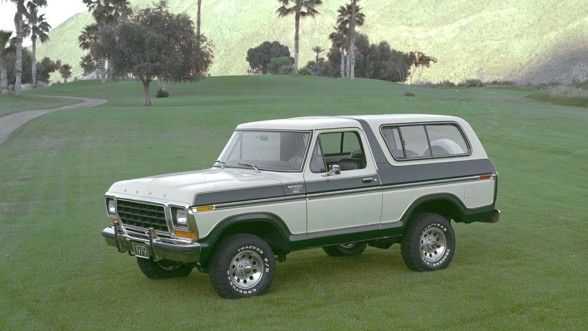"[""Ford Bronco Heritage""]"