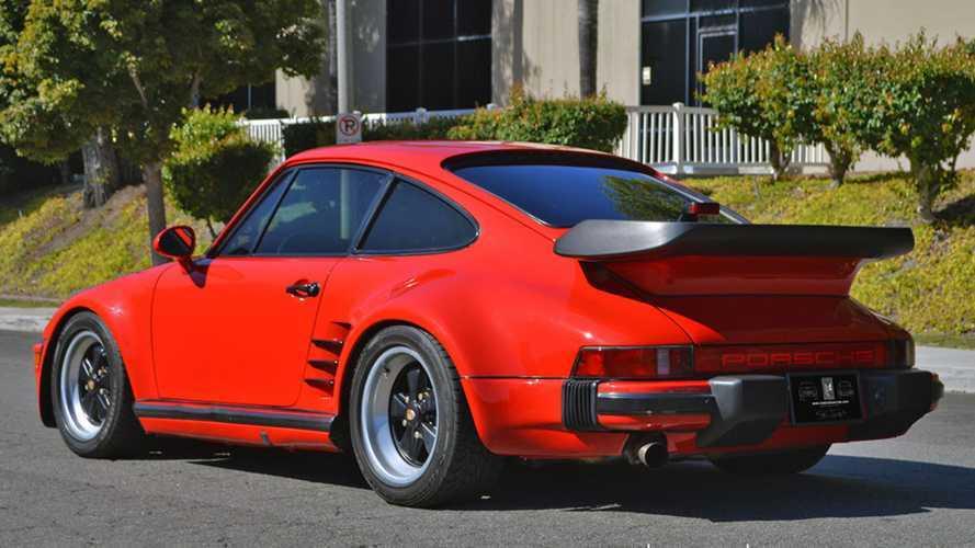 Porsche 911 de 1979 con apariencia de 930 Turbo 'Slantnose'