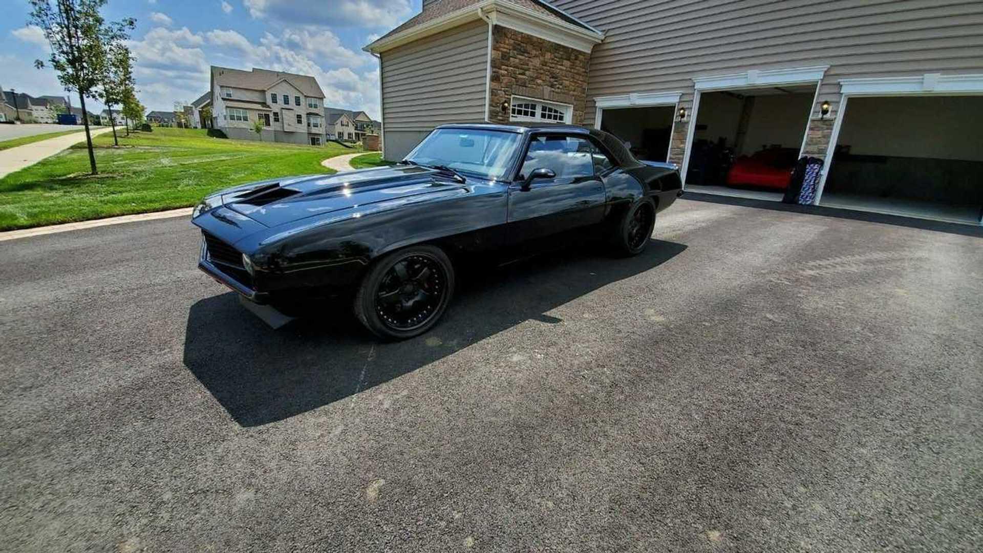 "[""1969 Chevrolet Camaro Pro Touring Is A Midnight Fantasy""]"