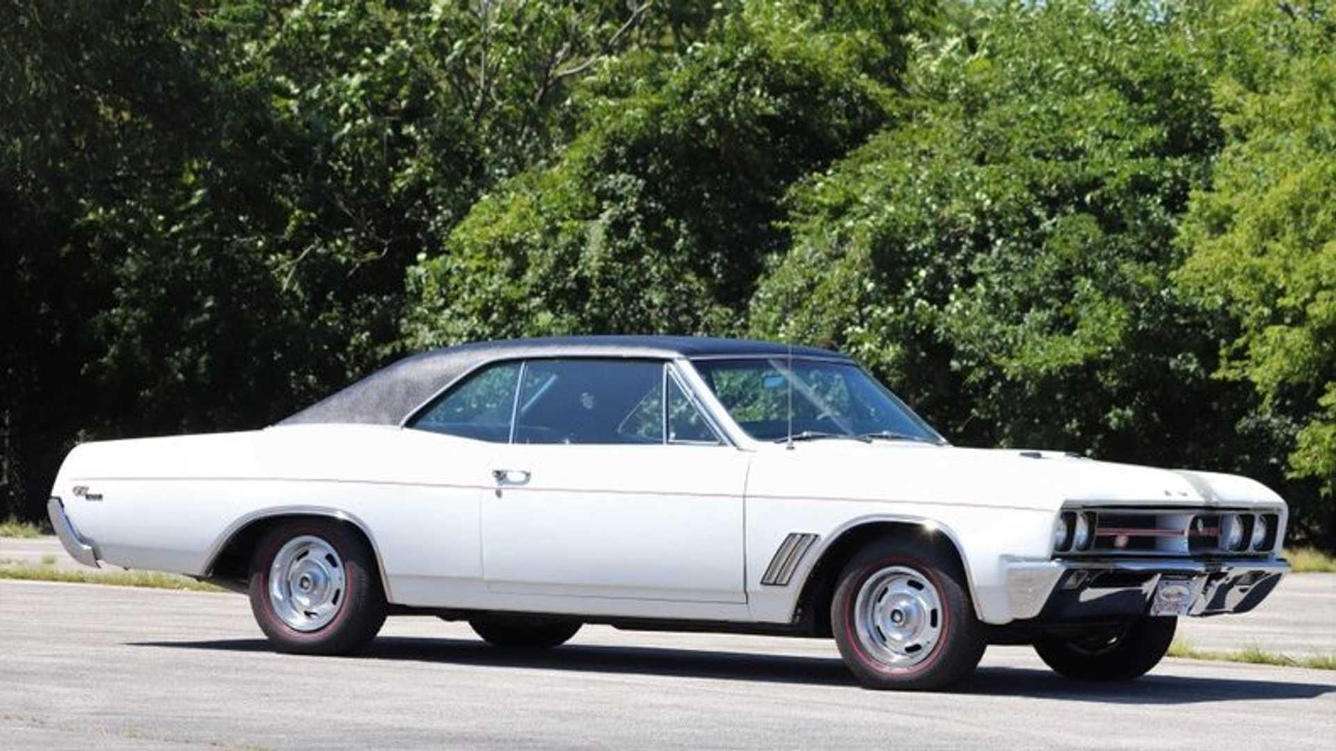 """[""""A Concours-Worthy 1967 Buick GS 400 Up For Grabs""""]"""