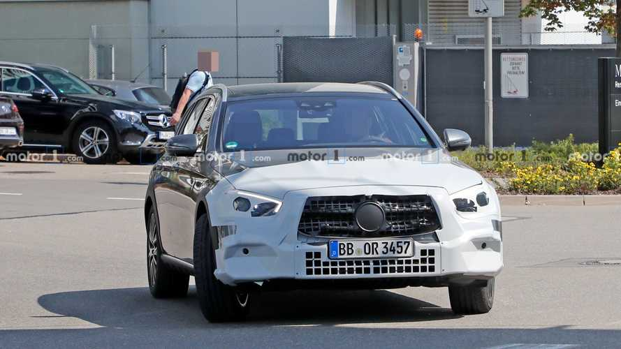 Mercedes E-Class All-Terrain facelift new spy photos