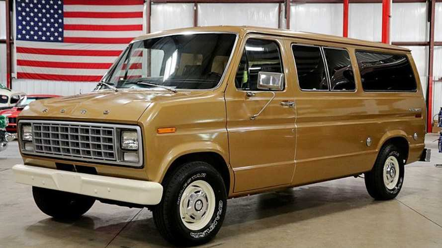 1979 Ford Club Wagon 4-Speed Helps Save The Manuals