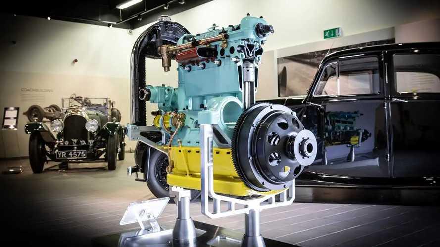 Стажеры Bentley восстановили забытый мотор вековой давности