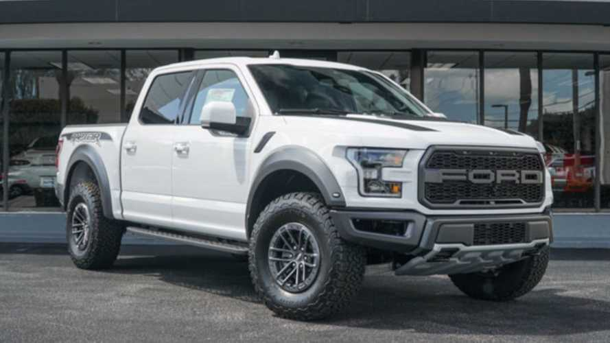 Roll Hard In A 2019 Ford F-150 Raptor SuperCrew