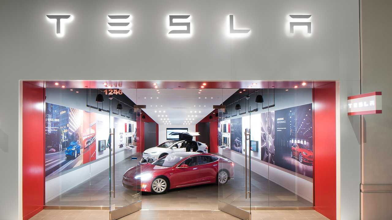 1. Tesla's Buying Experience Is Better