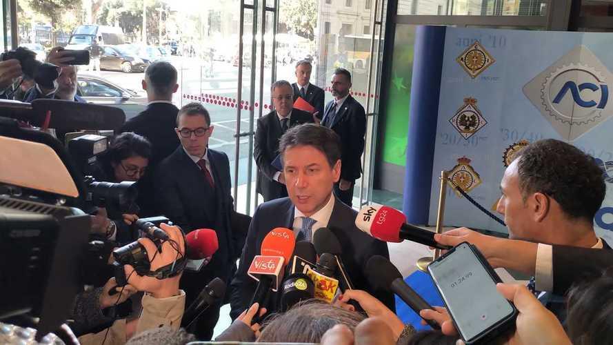 Incentivi auto, Conte apre a taglio IPT sull'usato con rottamazione