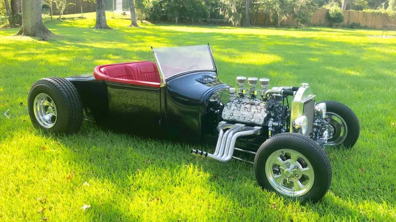 Tear Up The Strip With This 1926 Ford Roadster