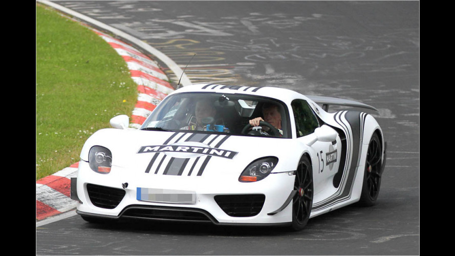 Erwischt: Walter Röhrl im Super-Porsche