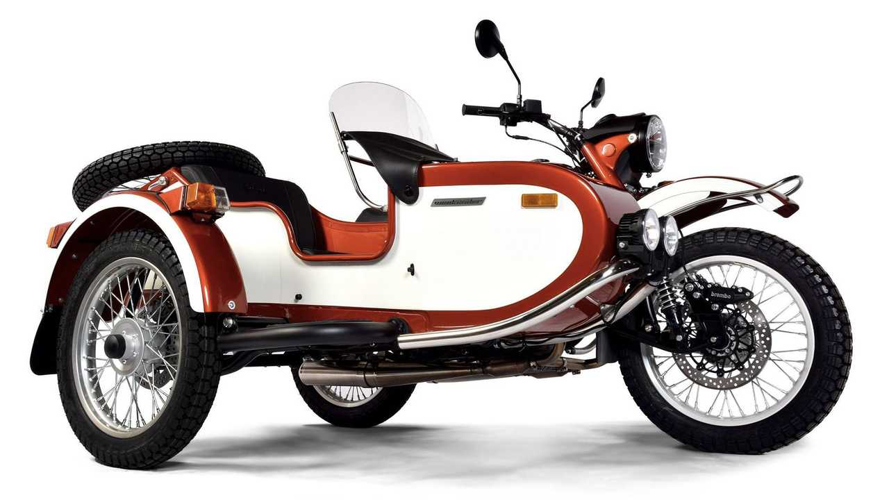 Ural 2WD Gear Up Weekender Special Edition-Poppy Red