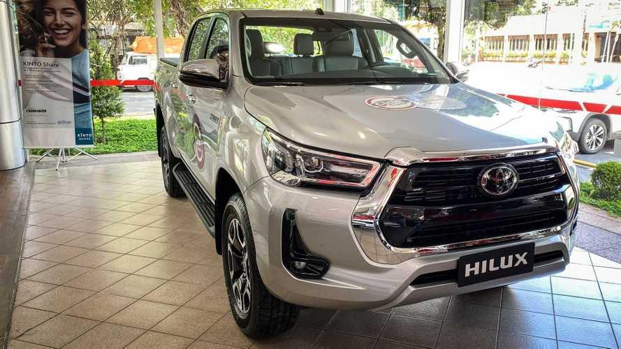 Nova Toyota Hilux 2021 já está nas lojas; veja o que muda na versão de topo SRX