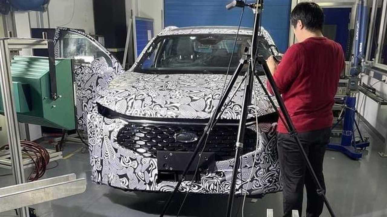 Ford Fusion 2022 - Flagra na China