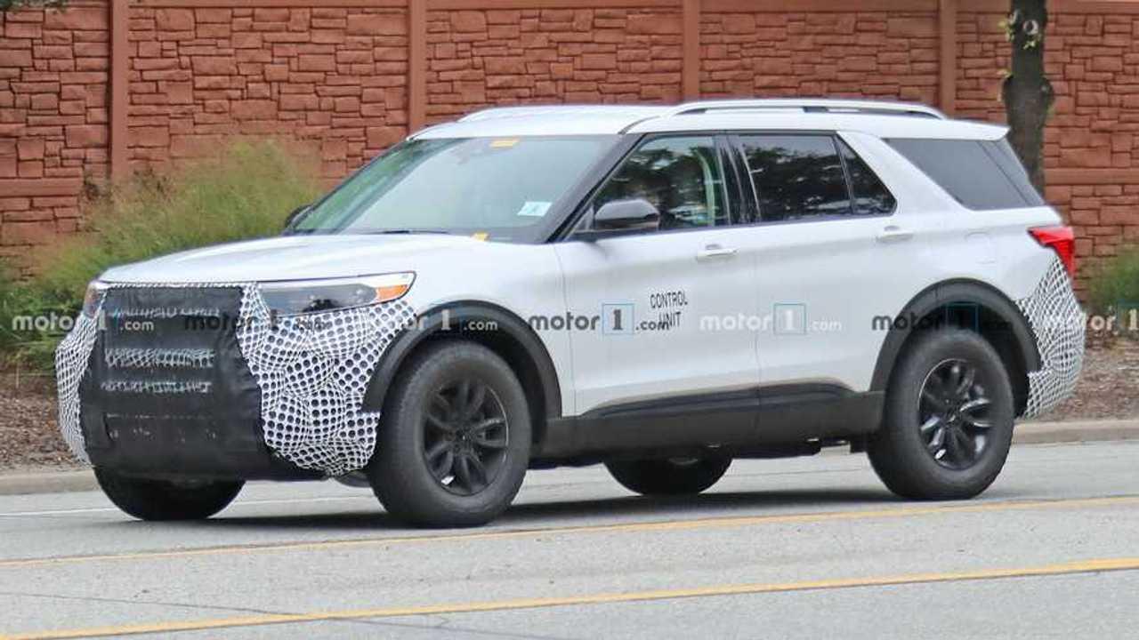 Ford Explorer FX4 Spy Shots