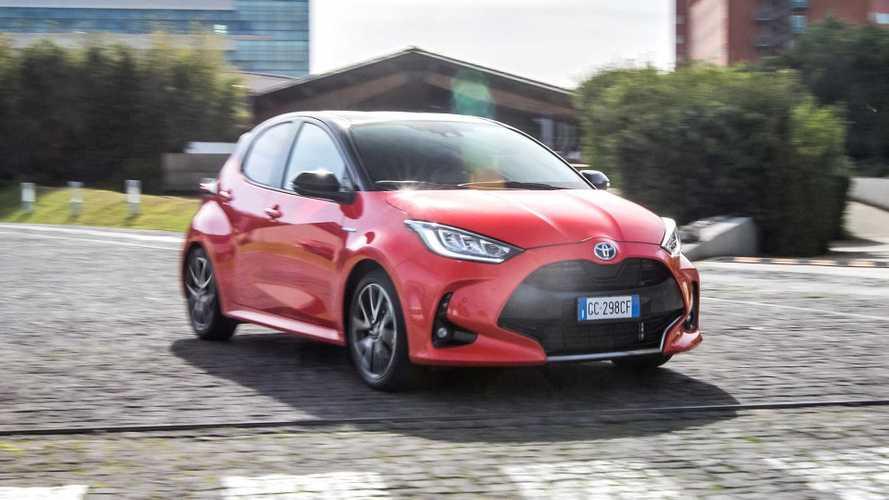 Fenomeno Toyota Yaris, la seconda auto più venduta d'Italia è full hybrid