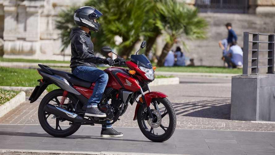 Honda CB125F 2021: Euro 5 y consumo de récord