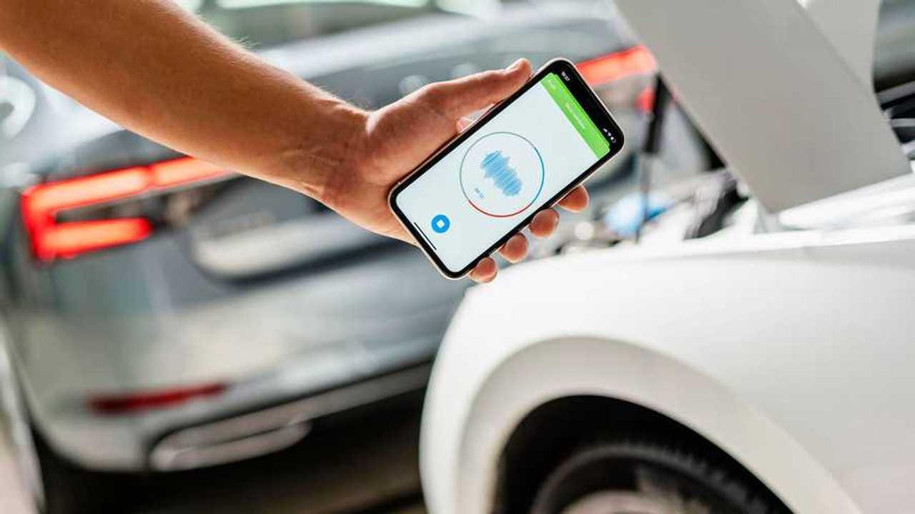 Diagnose car health with Skoda sound analyser app