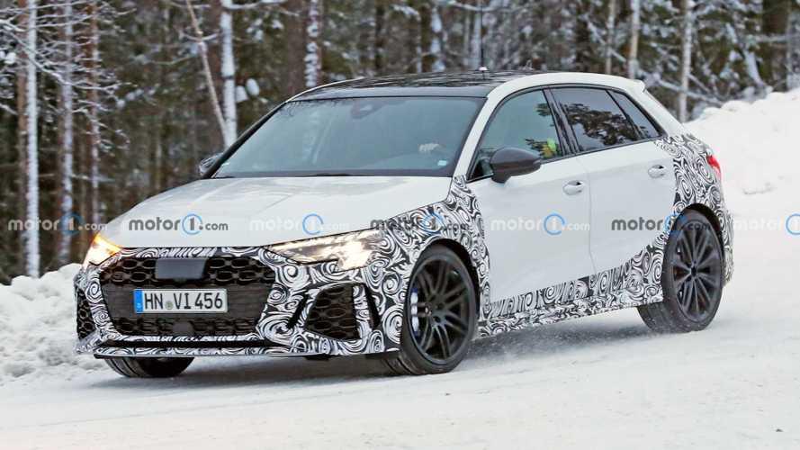 2021 Audi RS3 Sportback soğuk hava testlerinde