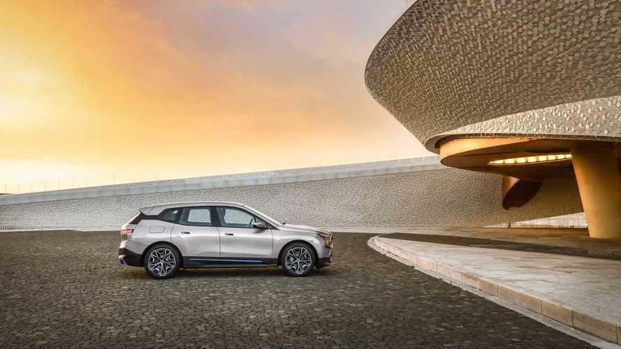 BMW iX xDrive50 Has 493 HP, 300-Mile Range: Priced In Mid-$80,000 Range