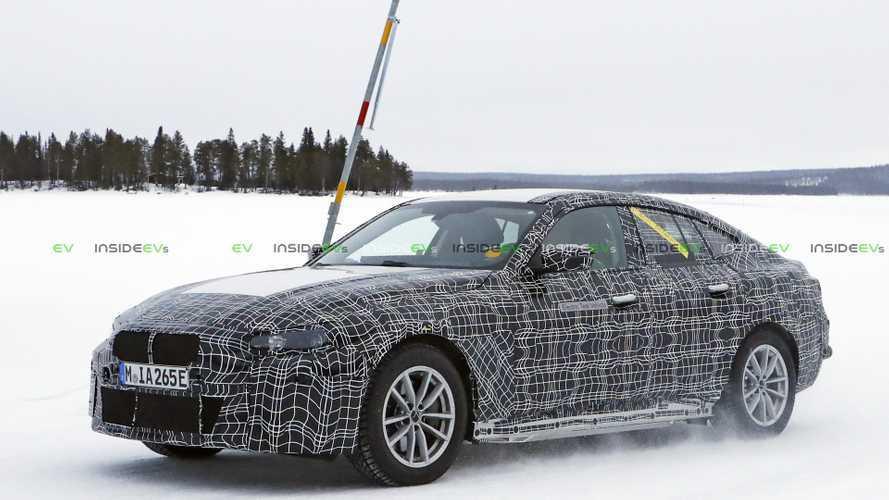 BMW i4 elektrikli sedan, kış testinde görüntülendi
